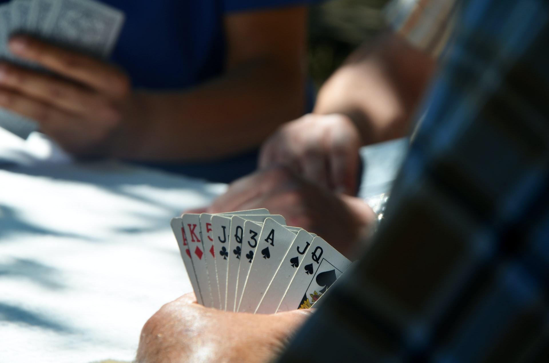 日本のポーカー